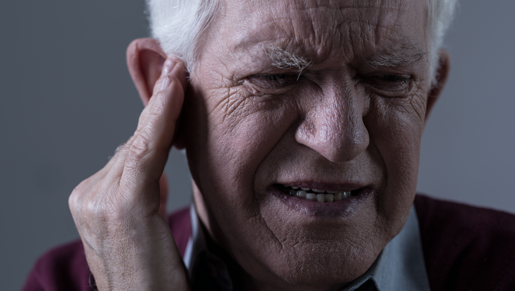 Man with ear pain | Scottsdale ENT
